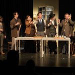 The cast of Simon Mulder's play about Willem Kloos raise their glasses