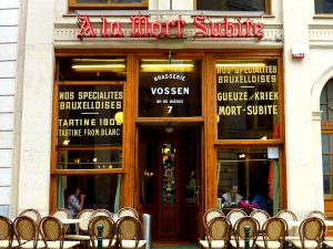A la Mort Subite, the café owned by Albert Vossen. Source: Wikipedia