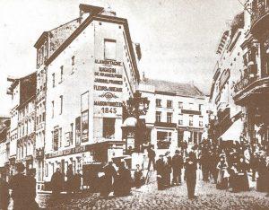 Rue de la Montagne in Charleroi, where café Le Cheval Arabe was located. Image: paysdecharleroi2.canalblog.com