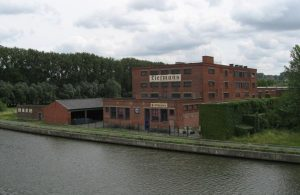 The Liefmans brewery in Oudenaarde, built in 1923. Source: Wikimedia Commons, Marc Esprit.